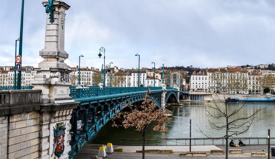 Se déplacer à Lyon : bus, métro et aéroport